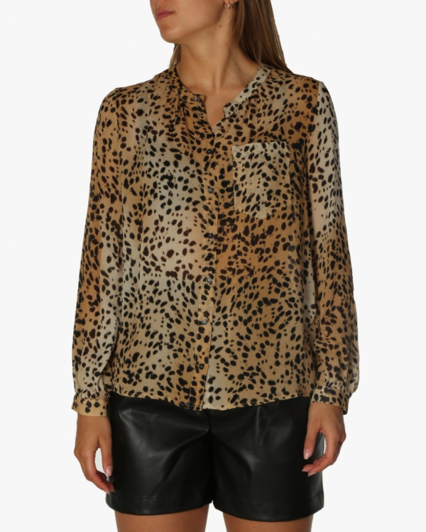 Lightweight blouse with cheetah print