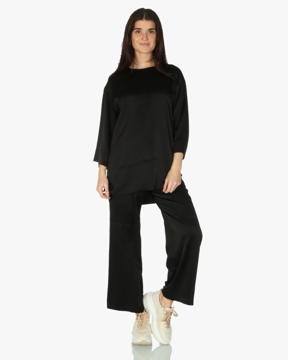 https://www.lutz.nl/media/catalog/product/f/l/flippa-k-blouse-26828-lydia-top-zwar.jpg