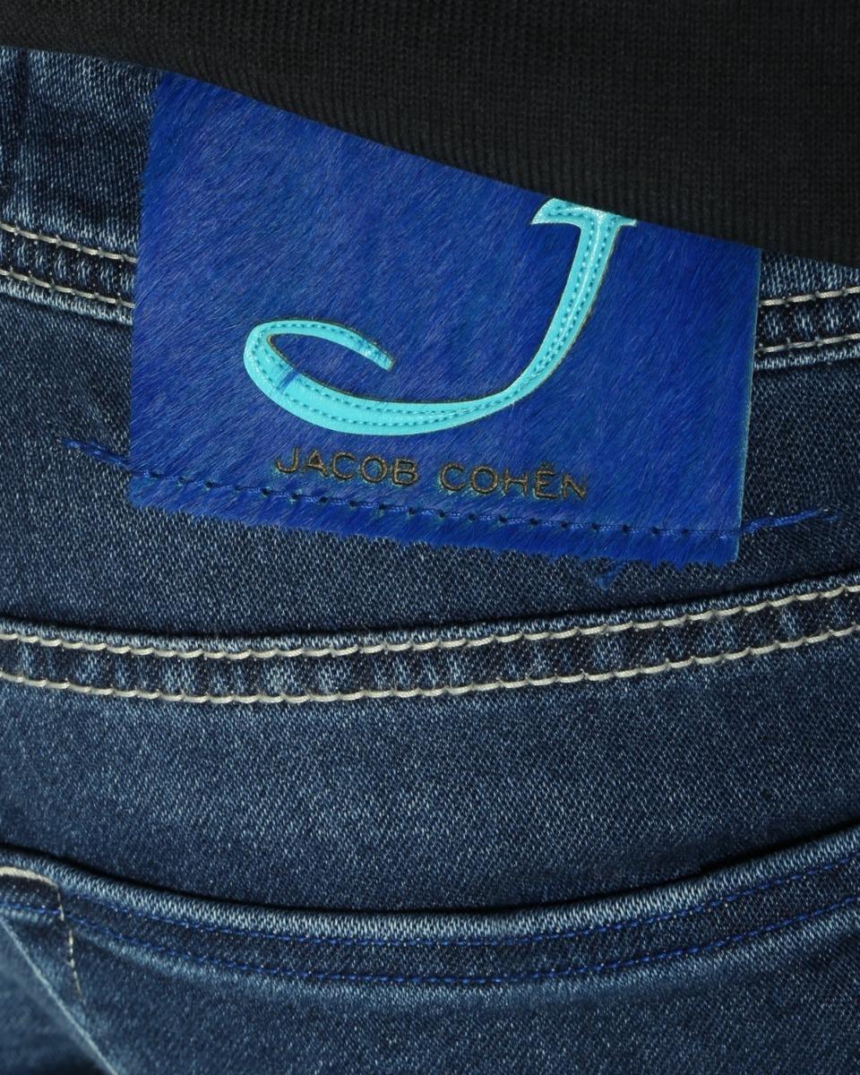 https://www.lutz.nl/media/catalog/product/j/a/jacob-cohen-jeans-j662-blauw_4_.jpg