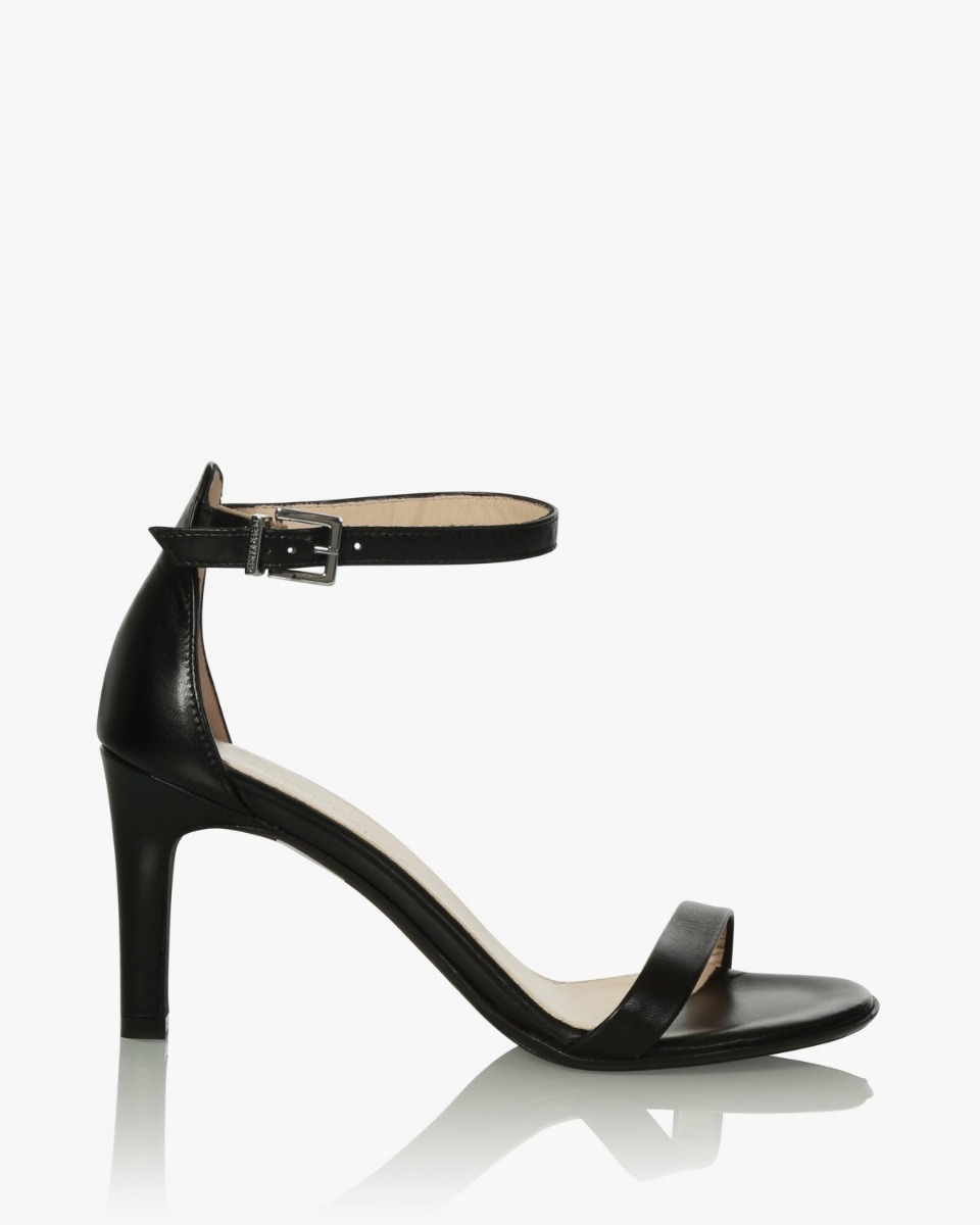 https://www.lutz.nl/media/catalog/product/p/e/peter-kaiser-samoa-pumps-zwart-07501-samoa-022-black_1_.jpg